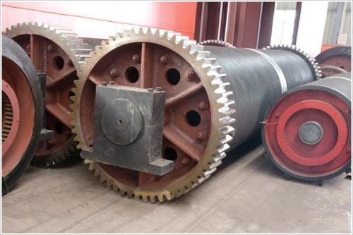 武汉大型起重机的卷筒装置